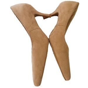 Dream Pairs Comodo Tan suede Heels size 8